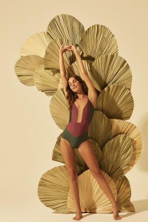 Maio/Body Isadora Viena
